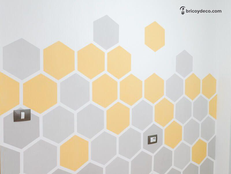 decorar una pared con hexágonos