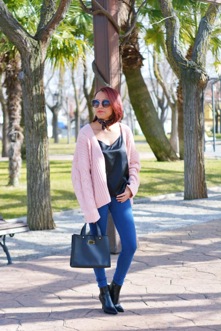 Look casual con top negro