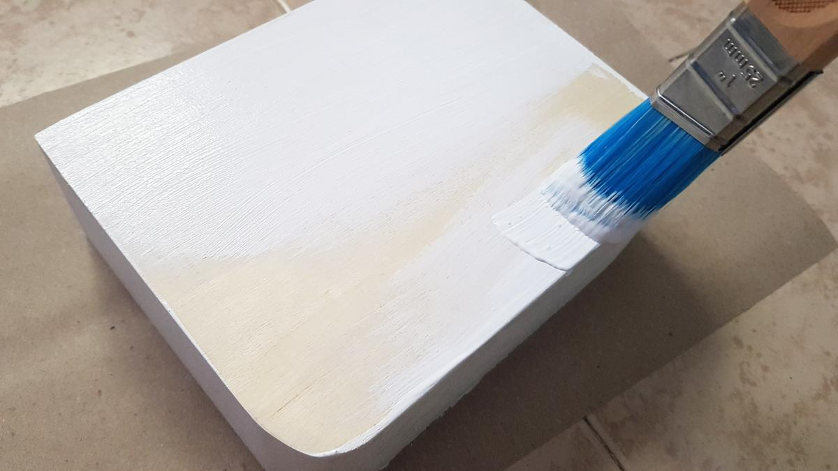 decorar madera con servilletas - decoupage pintamos en blanco