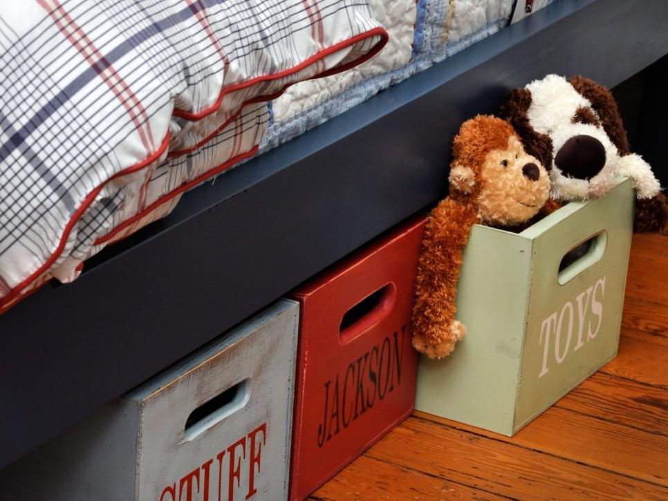 original_Susie-Fougerousse-Boys-Portable-Storage-Crates-Under-Bed-2_s4x3.jpg.rend.hgtvcom.966.725