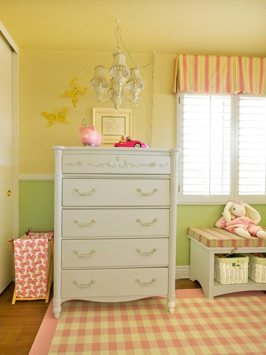 original_Child-Style-103-little-girls-room-dresser-chandelier_s3x4.jpg.rend.hgtvcom.966.1288