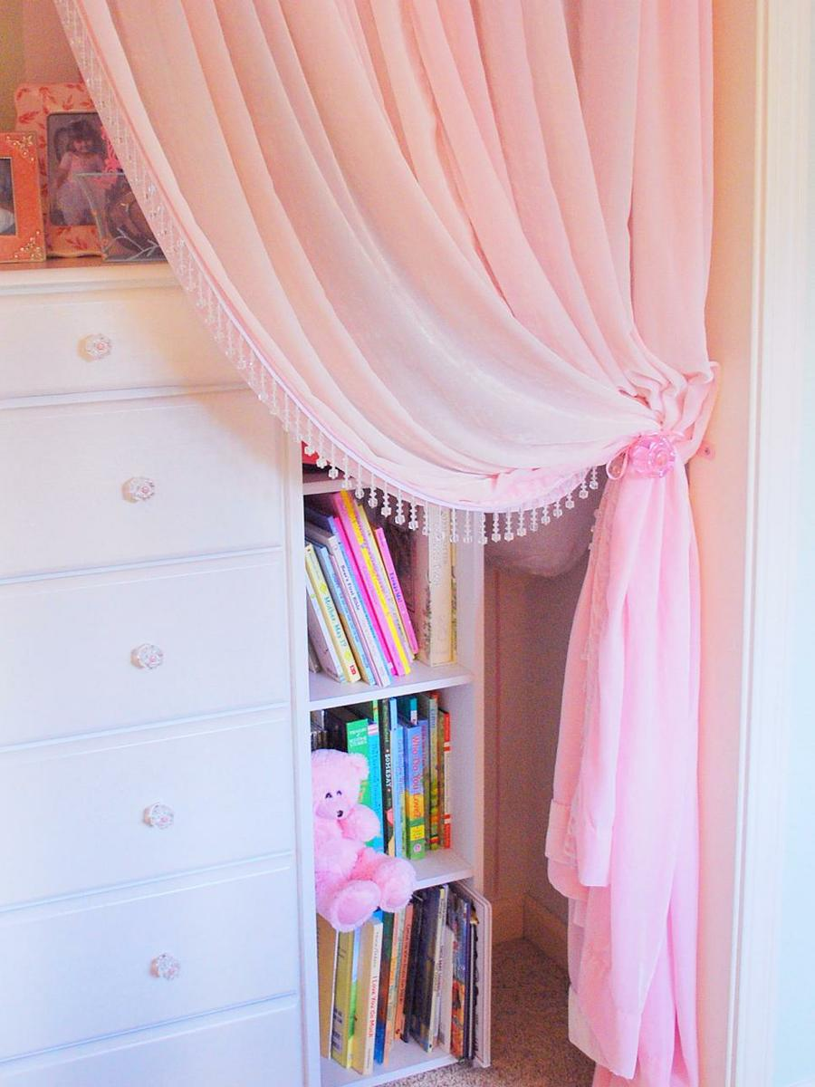 RMS_CentsationalGirl-little-girls-pink-closet-with-curtain-2_s3x4.jpg.rend.hgtvcom.966.1288