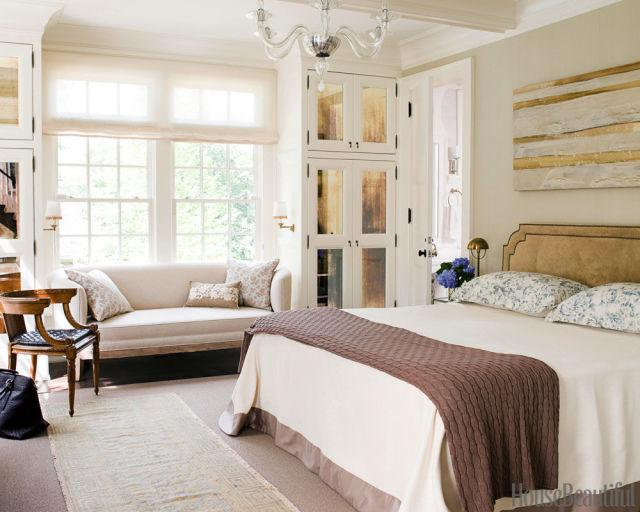 gallery-1451589597-neutral-bedroom-feng-shui-copy