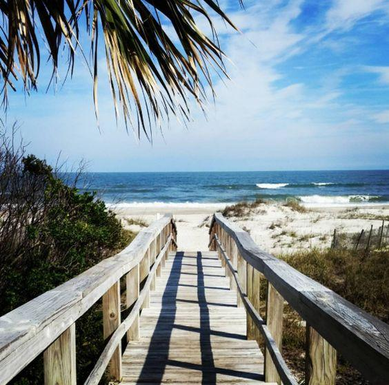 Islas para visitar en Estados Unidos, From beaches to boardwalks to biking and everything in between, theres an array of things to do in Amelia Island, Florida. Here are 10 reasons to plan your next Florida vacation to this charming barrier island.