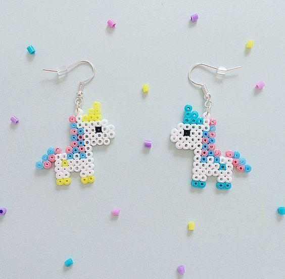 Bubble-Gum Unicorn Hama Perlen Ohrringe von GeekGirlWorkshop: