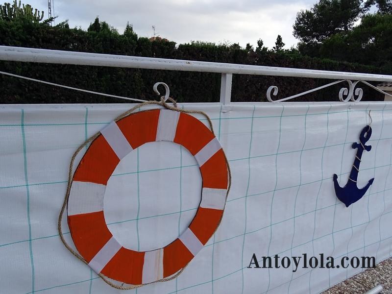 Decorando la piscina con cartón reciclado (3)