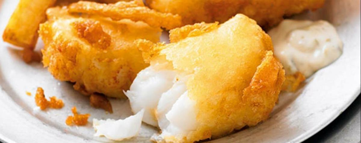 """Cómo preparar el clásico """"fish and chips"""" en casa"""