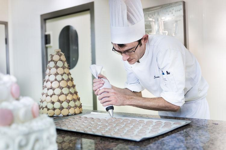 Fin-de-semana-Narbona-HomeLifeStyle-Magazine-Les-Grands-buffets_PATISSERIE