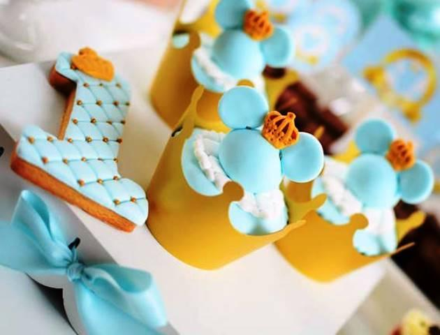 candy bar cake de principe mickey mouse