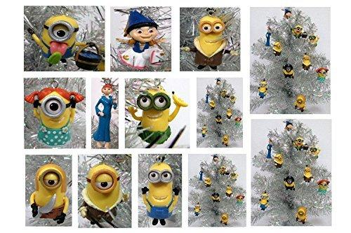 Despicable Me MINIONS Holiday Christmas Ornament Set - Unique Shatterproof Plastic Design