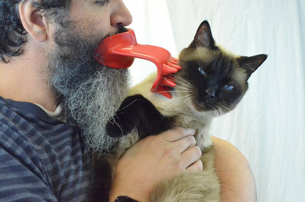 a0beba5a8a5 ... un gato, podrás lamer a tu gato sin tener que tragarte ninguna bola de  pelo de paso le das un poco de placer con las caricias del Lick'em cat.