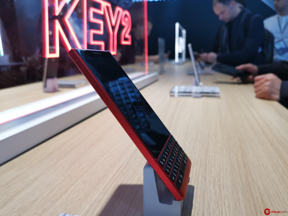 #MWC19: BlackBerry Key2 Red Edition, perfil