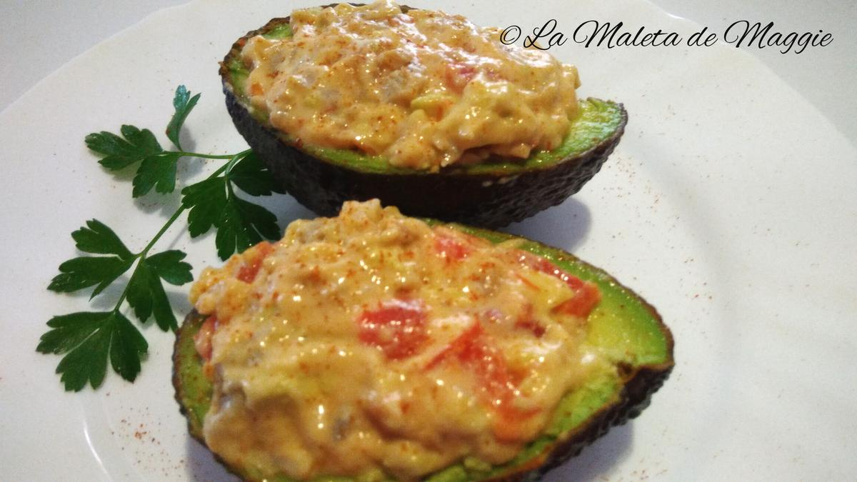 aguacate con tomate y maira