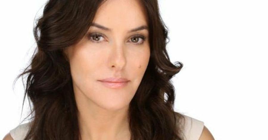 42d7a1ec8 5 trucos de maquillaje para parecer más jóvenes y tutoriales | Belleza