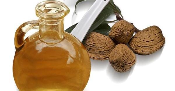 Los mejores remedios naturales para combatir las estrías