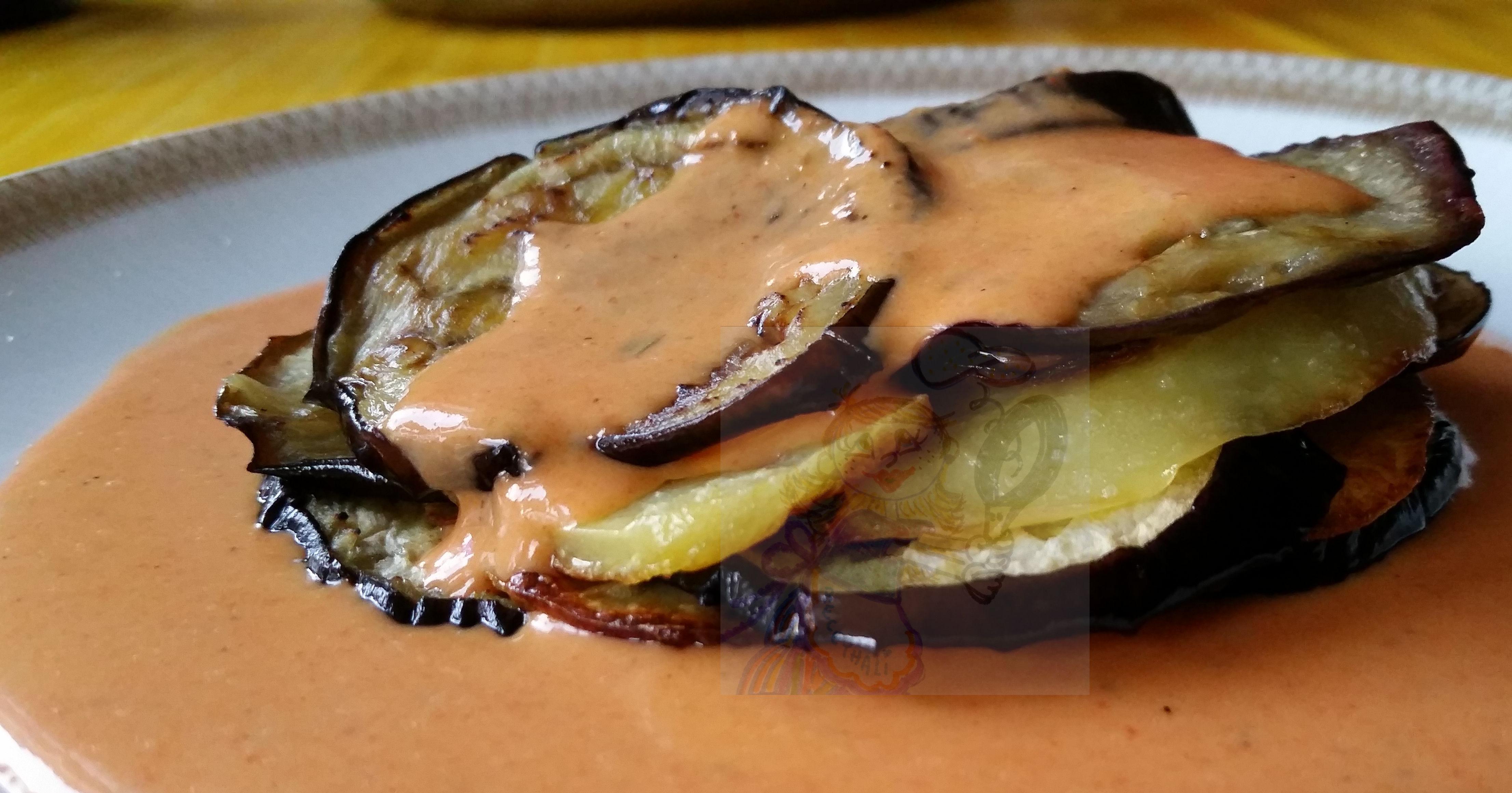 Milhojas De Patata Y Berenjena Con Bechamel De Pimientos Cocina