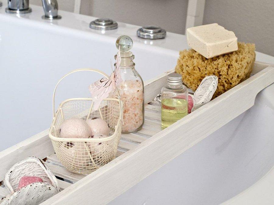 Trucos caseros y consejos para que limpiar el ba o sea - Banos de sal y vinagre ...