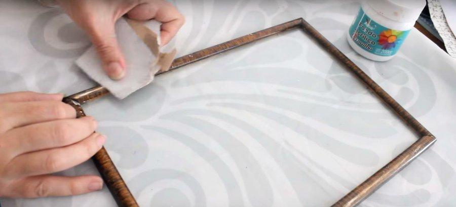 Cómo renovar tus marcos viejos   Manualidades