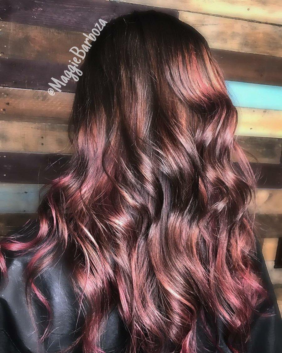 Colores de cabello en tendencia para pieles morenas  4b69c5423fdc