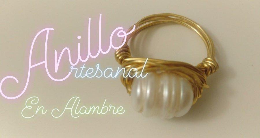 0e3de016c638 Cómo hacer un anillo en alambrismo con alambre dorado