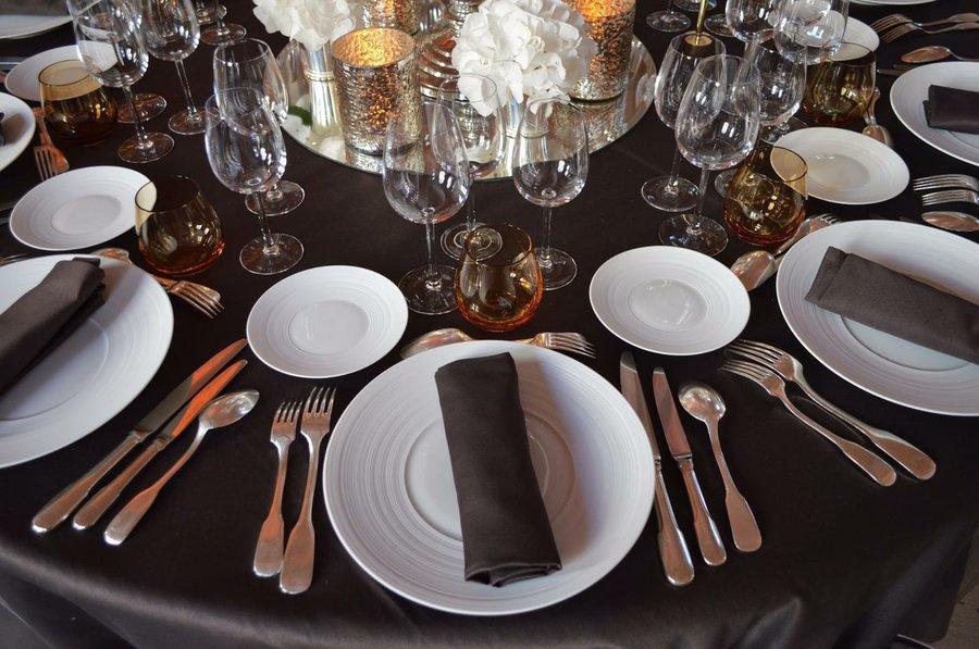 20 reglas para tener modales en la mesa doralys britto for Protocolo cubiertos mesa