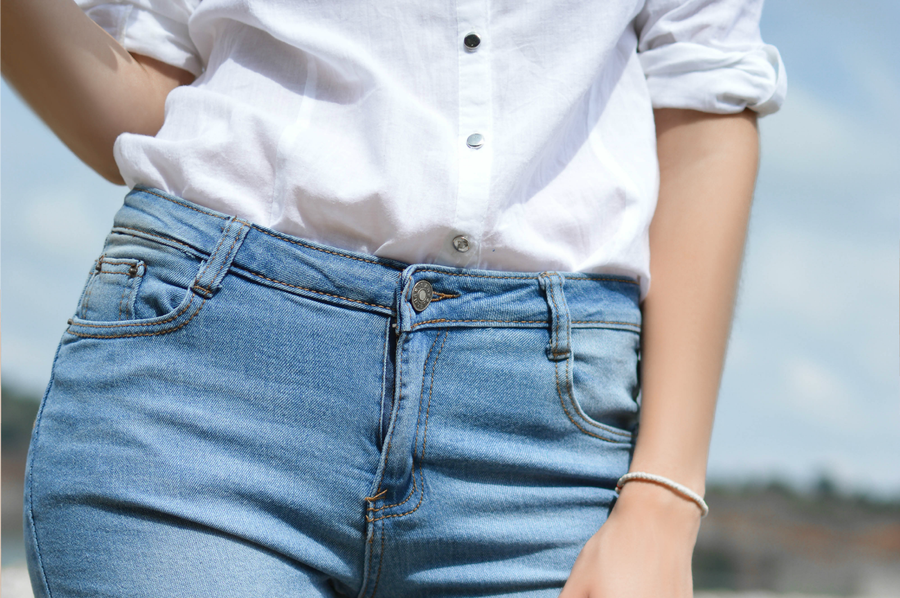 Como ir vestida a una fiesta con jeans