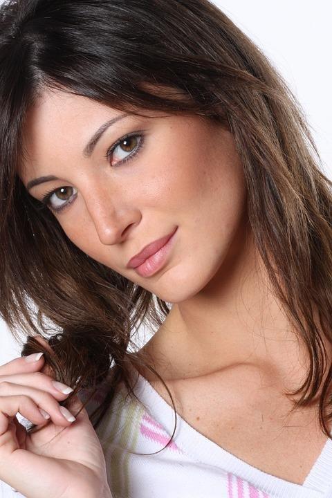 Corte de pelo mujer madura cara redonda