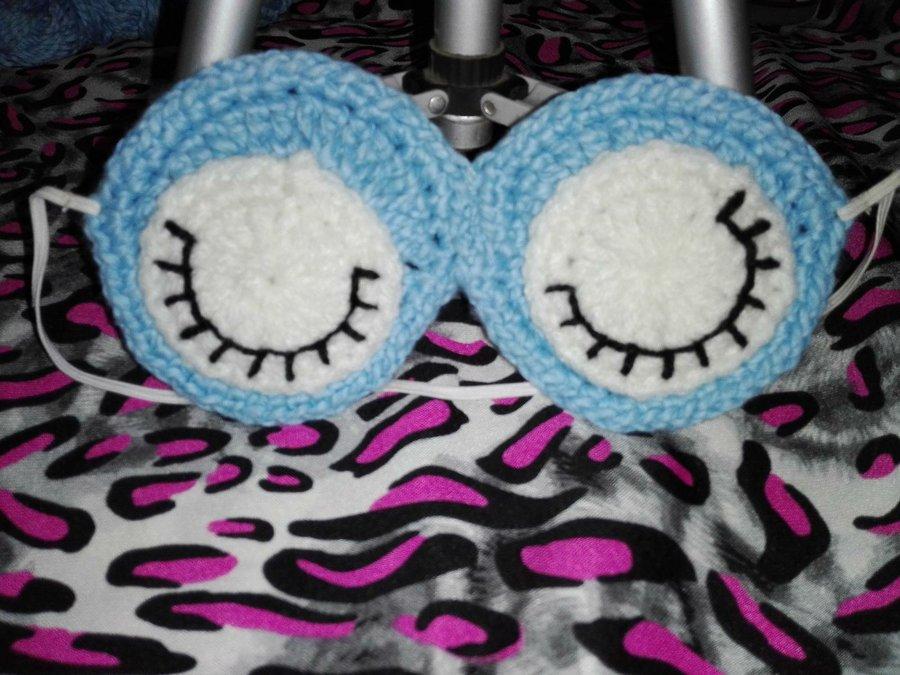 Antifaz o mascara para dormir hecho a crochet by Alexandra Sacasa ...