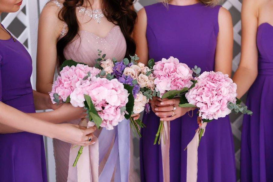 30 decoraciones de boda con el color Pantone 2018 | Bodas